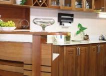 Tủ bếp bằng gỗ căm xe